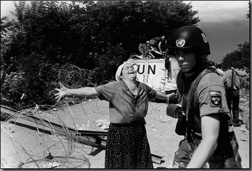 Srebrenitsa katliamının korkunç fotoğrafları 8