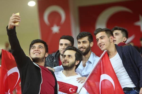 Türkiye-İsveç maçından kareler 11