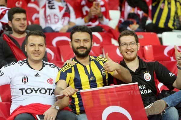 Türkiye-İsveç maçından kareler 5