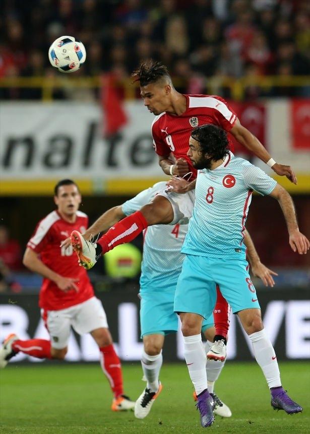 Avusturya-Türkiye maçından kareler 8