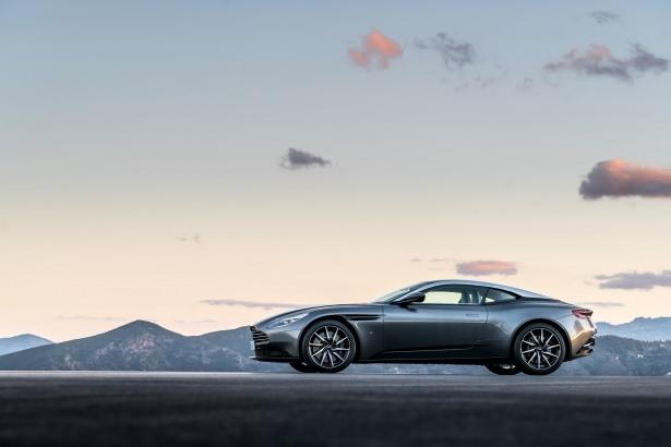 Aston Martin DB11 Türkiye'ye geliyor 13