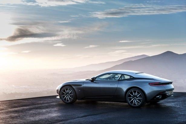 Aston Martin DB11 Türkiye'ye geliyor 17