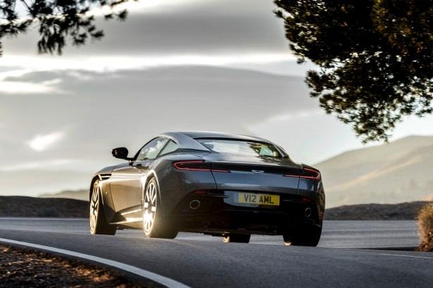 Aston Martin DB11 Türkiye'ye geliyor 24