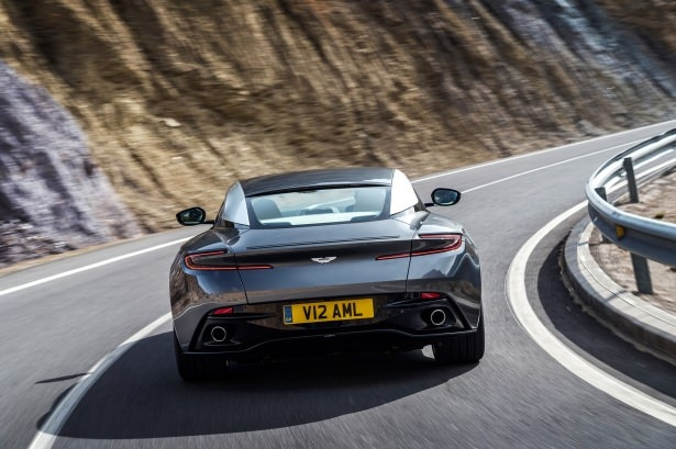 Aston Martin DB11 Türkiye'ye geliyor 30