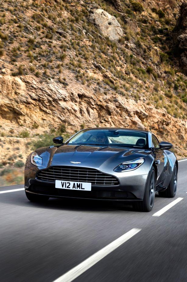 Aston Martin DB11 Türkiye'ye geliyor 31