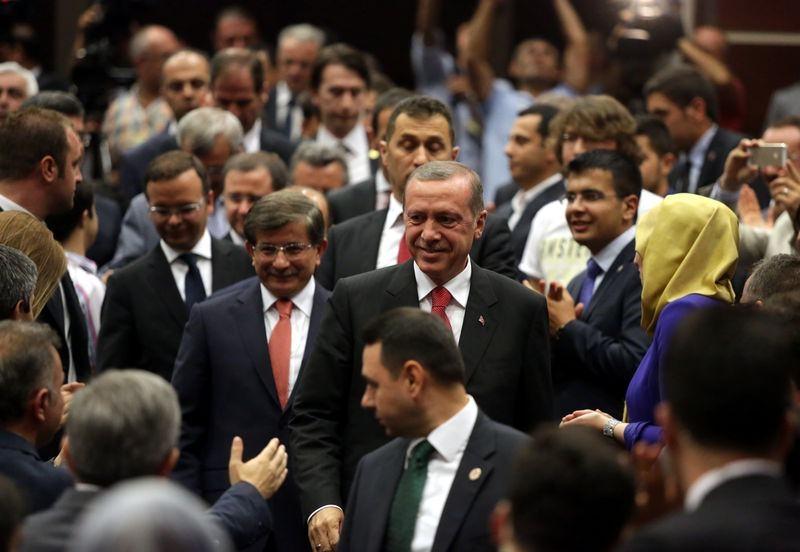 İki yol arkadaşı 'Erdoğan ve Davutoğlu' 1