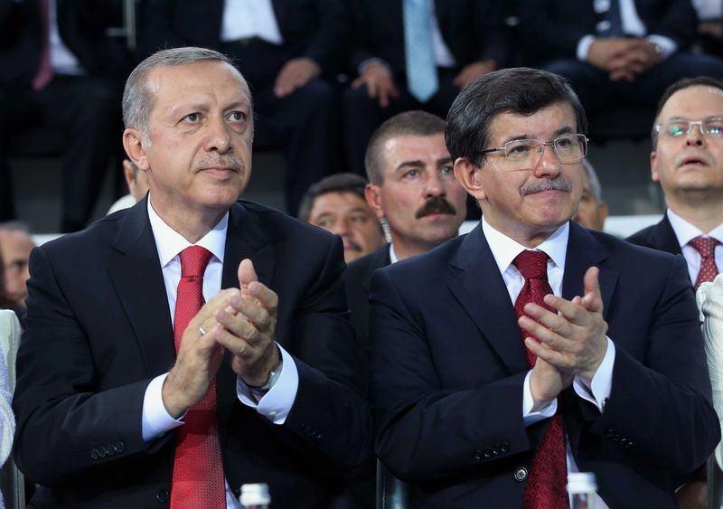 İki yol arkadaşı 'Erdoğan ve Davutoğlu' 11