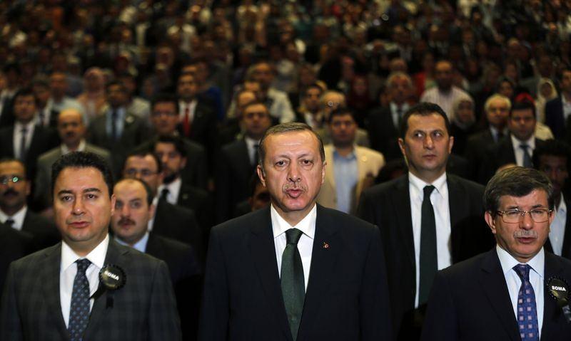 İki yol arkadaşı 'Erdoğan ve Davutoğlu' 15