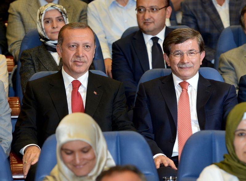 İki yol arkadaşı 'Erdoğan ve Davutoğlu' 16
