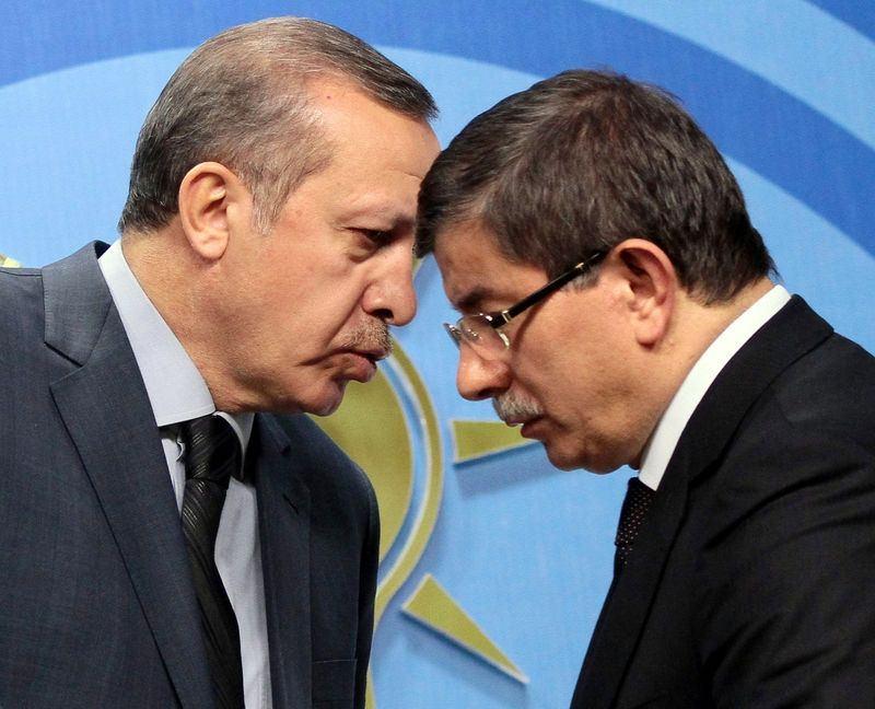 İki yol arkadaşı 'Erdoğan ve Davutoğlu' 17