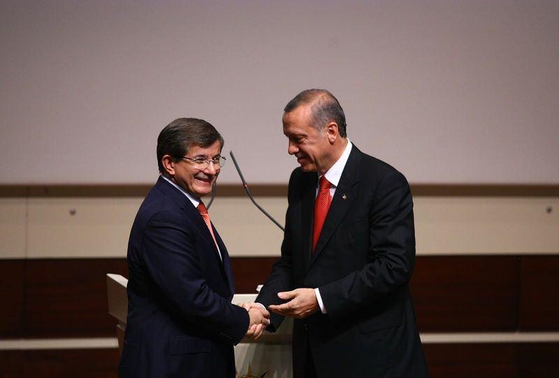 İki yol arkadaşı 'Erdoğan ve Davutoğlu' 18
