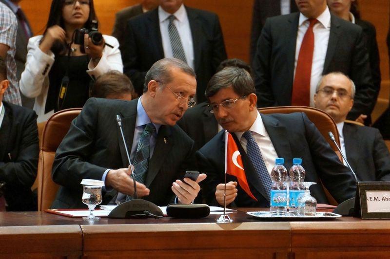 İki yol arkadaşı 'Erdoğan ve Davutoğlu' 2