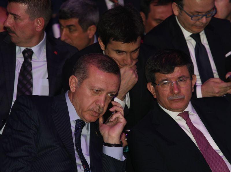İki yol arkadaşı 'Erdoğan ve Davutoğlu' 21