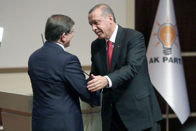 İki yol arkadaşı 'Erdoğan ve Davutoğlu' 22