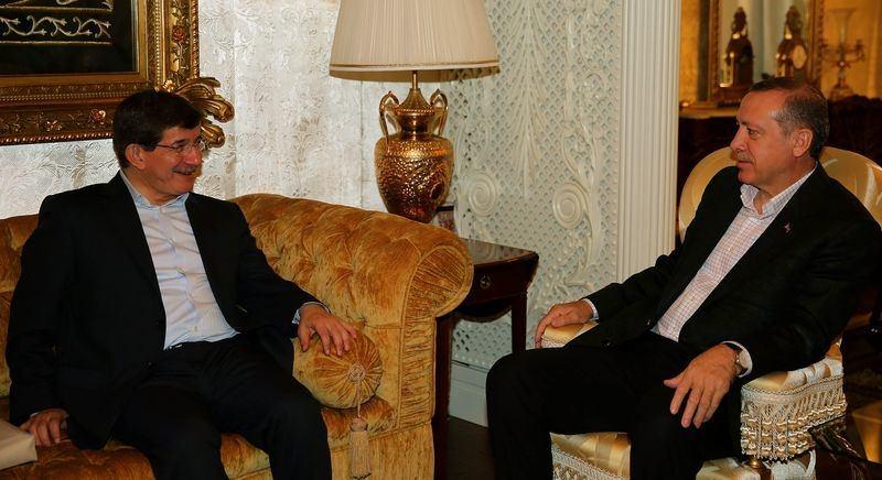 İki yol arkadaşı 'Erdoğan ve Davutoğlu' 24