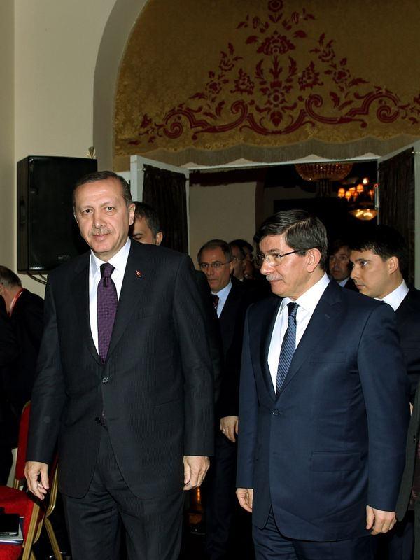 İki yol arkadaşı 'Erdoğan ve Davutoğlu' 26