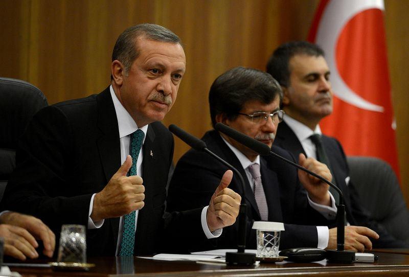İki yol arkadaşı 'Erdoğan ve Davutoğlu' 3