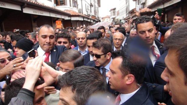 Sare Davutoğlu'ndan Konya'da dikkat çeken hareket 12