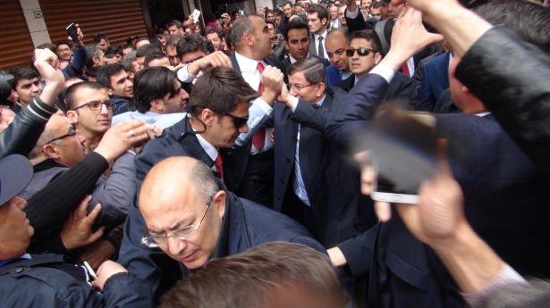 Sare Davutoğlu'ndan Konya'da dikkat çeken hareket 15