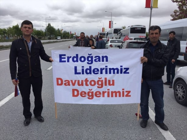 Sare Davutoğlu'ndan Konya'da dikkat çeken hareket 19