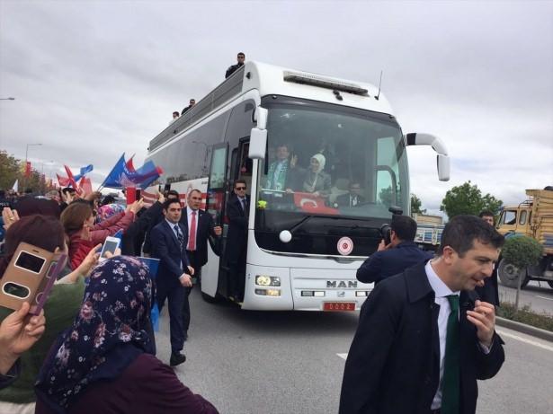 Sare Davutoğlu'ndan Konya'da dikkat çeken hareket 22