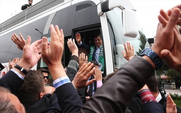 Sare Davutoğlu'ndan Konya'da dikkat çeken hareket 6