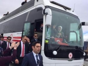 Sare Davutoğlu'ndan Konya'da dikkat çeken hareket