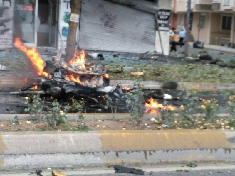 Sancaktepe'de askeri kışla karşısında patlama 1
