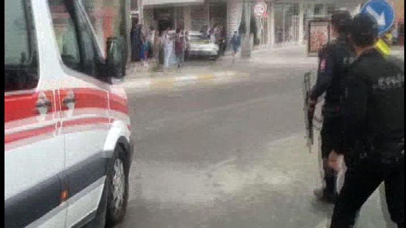 Sancaktepe'de askeri kışla karşısında patlama 14