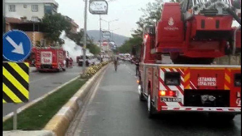Sancaktepe'de askeri kışla karşısında patlama 16