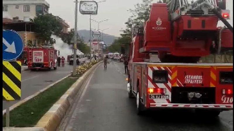 Sancaktepe'de askeri kışla karşısında patlama 17
