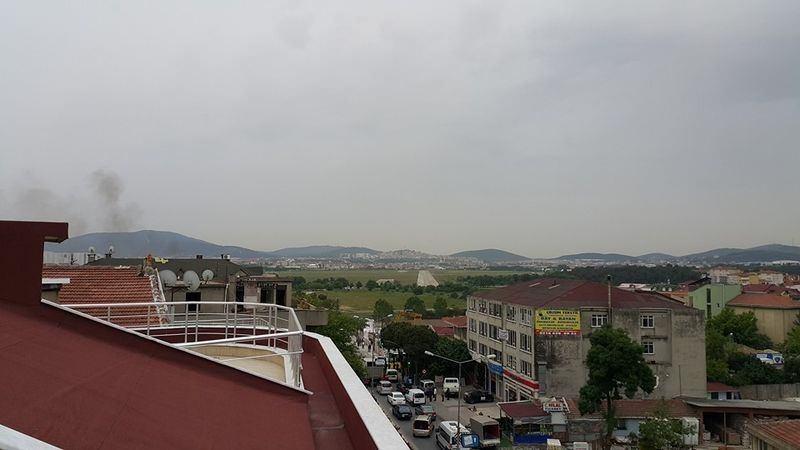 Sancaktepe'de askeri kışla karşısında patlama 18