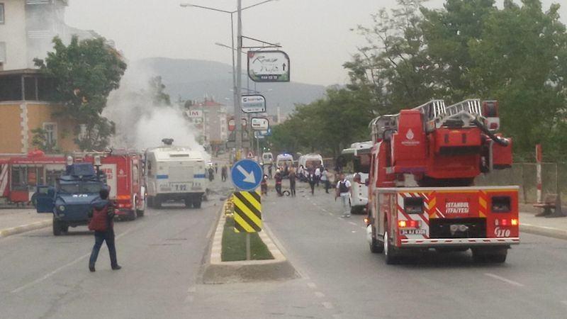 Sancaktepe'de askeri kışla karşısında patlama 2