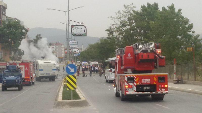 Sancaktepe'de askeri kışla karşısında patlama 22