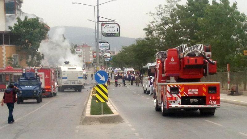 Sancaktepe'de askeri kışla karşısında patlama 5