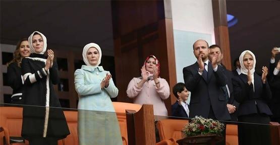 Sümeyye Erdoğan'ın mutlu günü 32