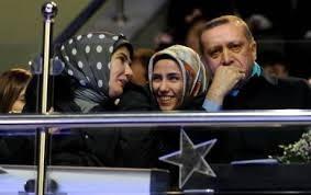 Sümeyye Erdoğan'ın mutlu günü 43