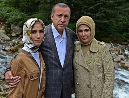 Sümeyye Erdoğan'ın mutlu günü 44