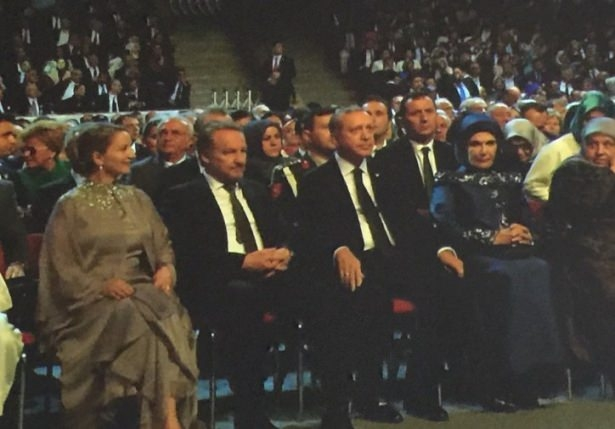 Sümeyye Erdoğan ve Selçuk Bayraktar'ın düğününden ilk kareler 10