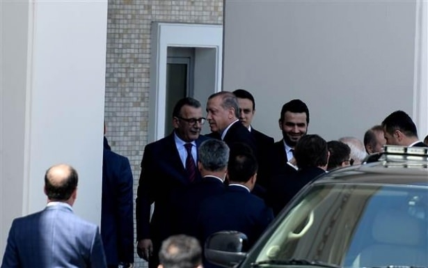 Sümeyye Erdoğan ve Selçuk Bayraktar'ın düğününden ilk kareler 14