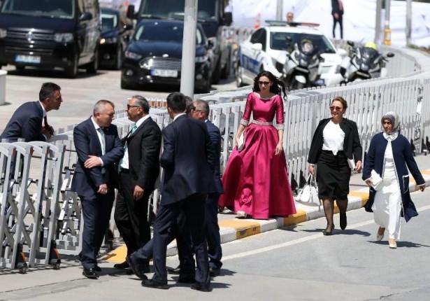 Sümeyye Erdoğan ve Selçuk Bayraktar'ın düğününden ilk kareler 23