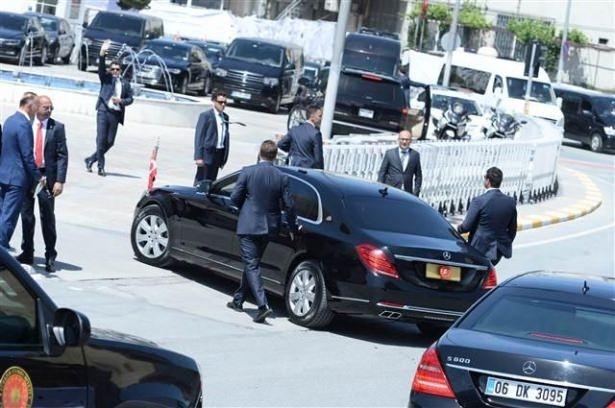 Sümeyye Erdoğan ve Selçuk Bayraktar'ın düğününden ilk kareler 26