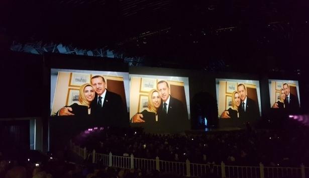 Sümeyye Erdoğan ve Selçuk Bayraktar'ın düğününden ilk kareler 29