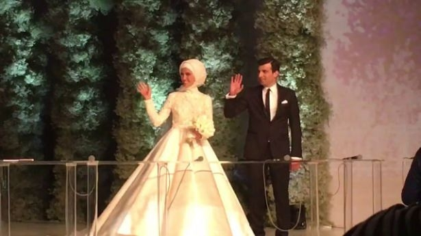 Sümeyye Erdoğan ve Selçuk Bayraktar'ın düğününden ilk kareler 34