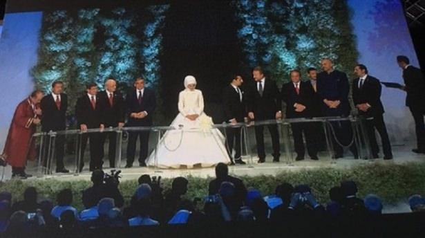 Sümeyye Erdoğan ve Selçuk Bayraktar'ın düğününden ilk kareler 9