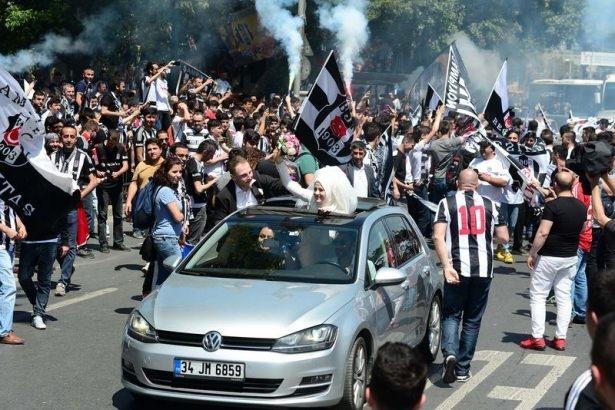 Beşiktaş taraftarı kutlamalara erken başladı 2
