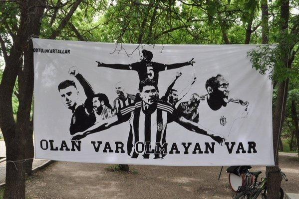 Beşiktaş taraftarı kutlamalara erken başladı 23