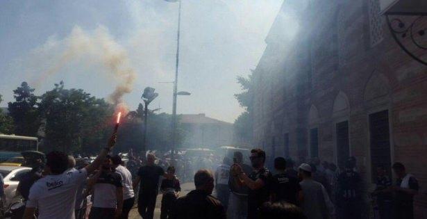 Beşiktaş taraftarı kutlamalara erken başladı 30