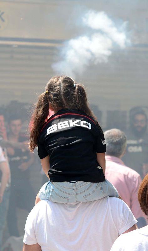 Beşiktaş taraftarı kutlamalara erken başladı 9