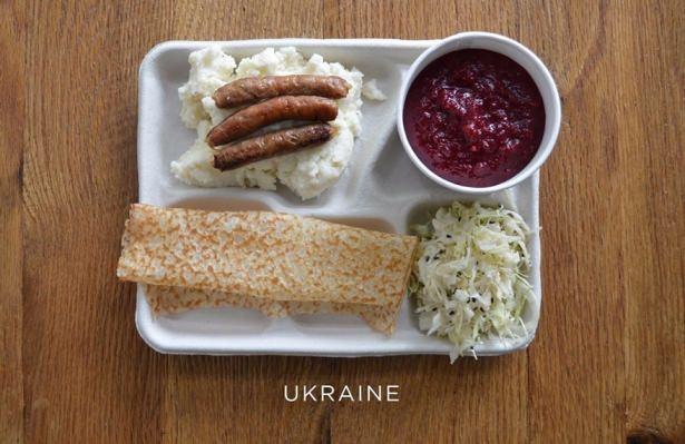 İşte ülkelere göre okullarda sunulan yemekler! 13